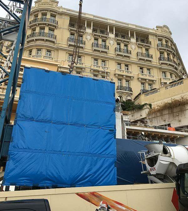 Installation de bâches acoustiques à Monaco pour l'Hôtel Hermitage