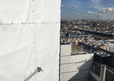 Écran acoustique pour échafaudage de chantier dans l'hôtel Georgia à Paris