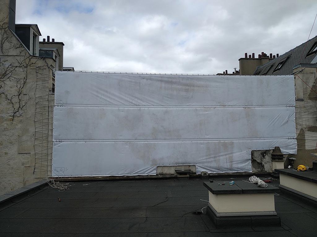 Bâches acoustiques RIGA réutilisées pour un chantier de démolition à Paris