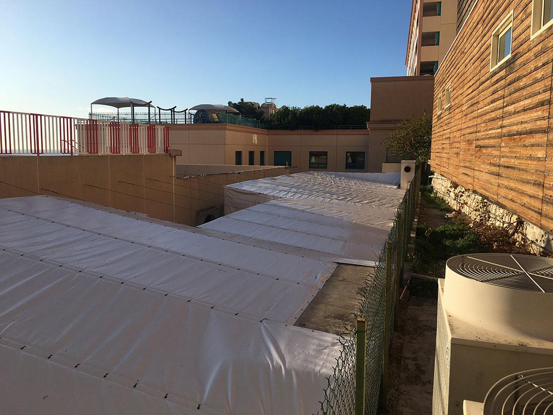 Bâches acoustiques pou l'hôpital de Monaco - Solutions acoustiques Acousteam