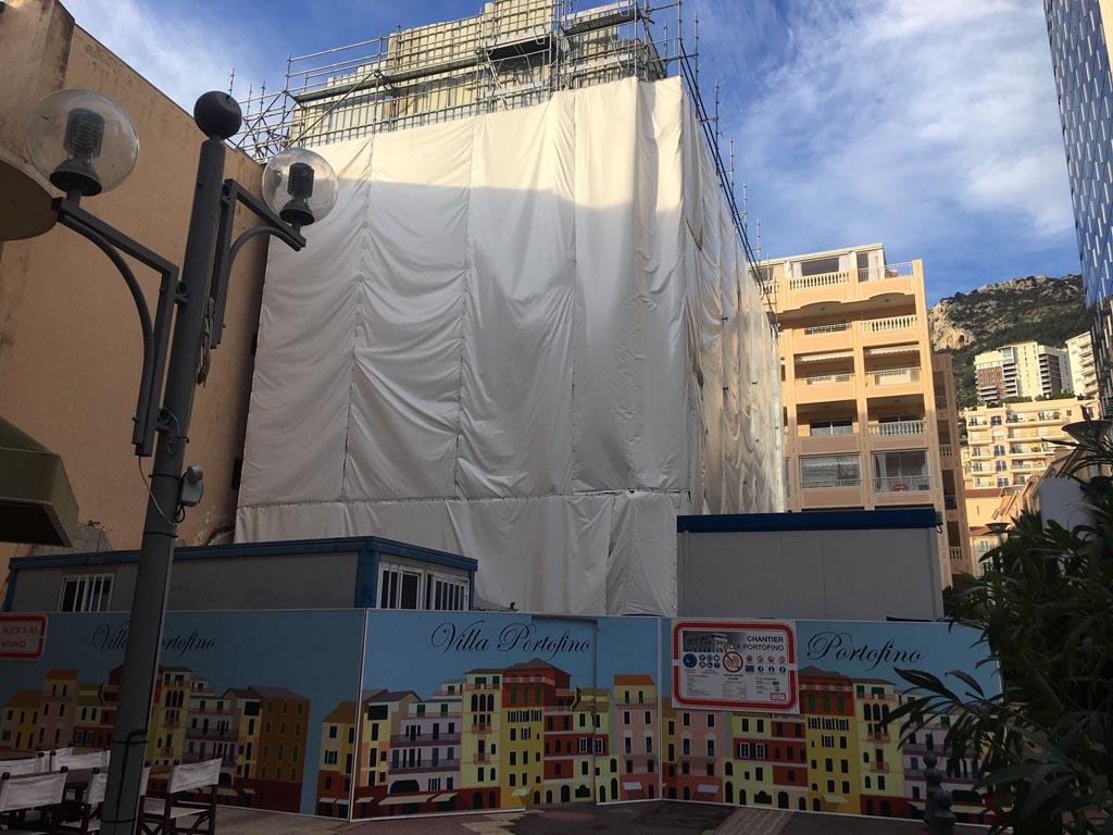 Bâches acoustiques pour un chantier de rénovation d'un bâtiment à Monaco
